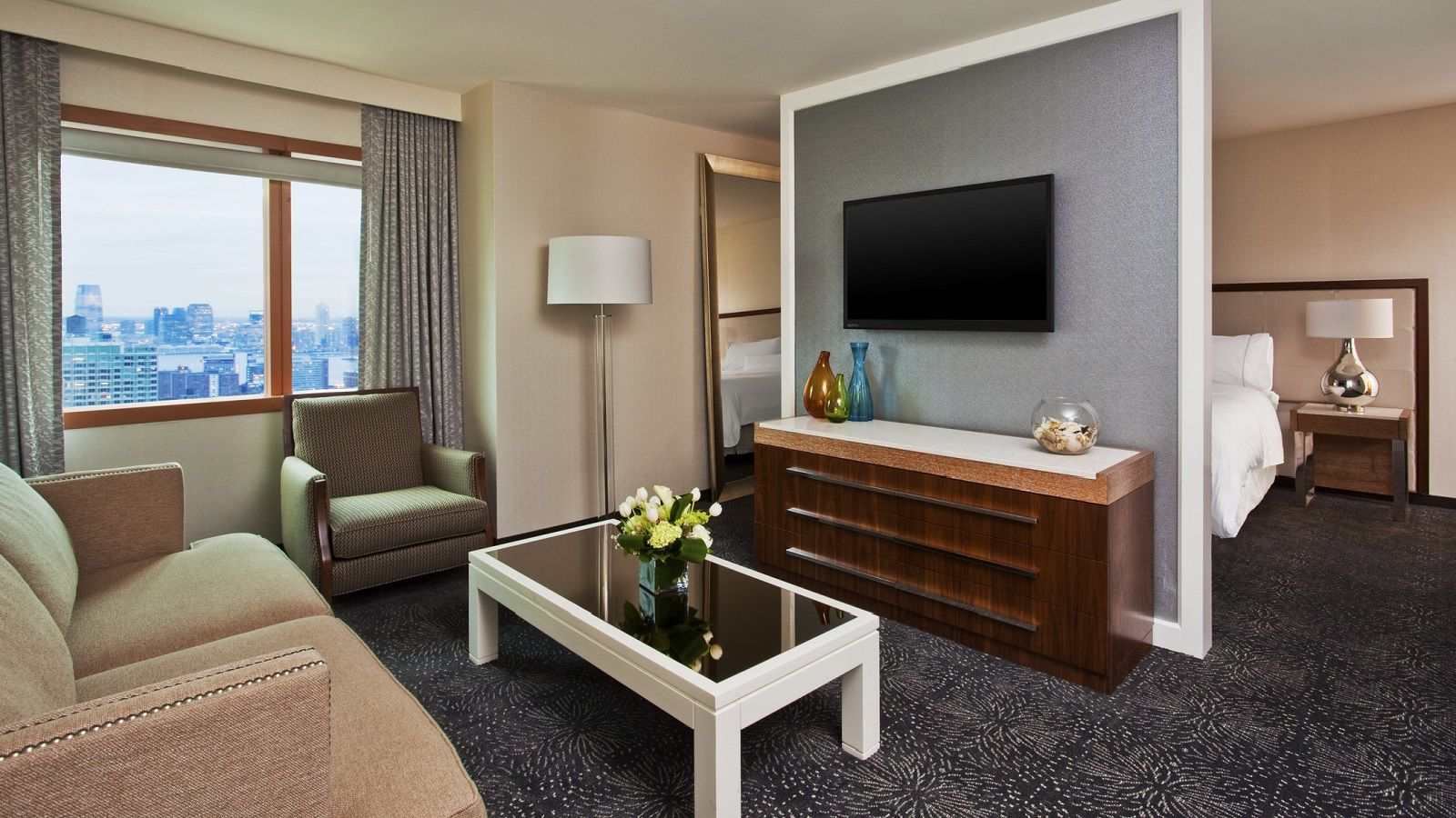 NYC hotel suite
